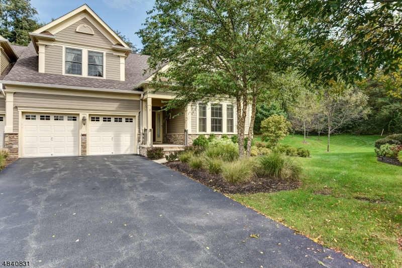 Condominium for Sale at 7 Magnolia Place 7 Magnolia Place Chatham Twp, New Jersey 07928 United States