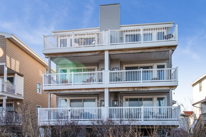 Condo / Townhouse for Sale at Brigantine, New Jersey 08203 United States