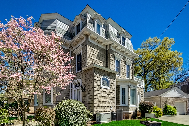 Single Family Home for Sale at Rahway, New Jersey 07065 United States