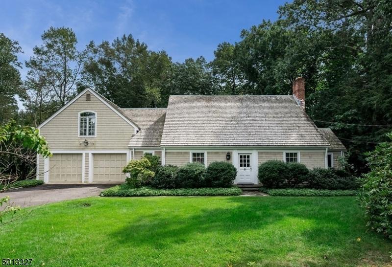 Single Family Homes 용 매매 에 Essex Fells, 뉴저지 07021 미국