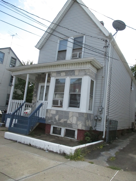 Additional photo for property listing at 61-63 MANCHESTER Avenue  Paterson, New Jersey 07502 États-Unis