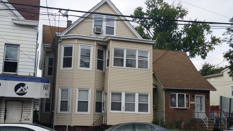 Additional photo for property listing at 283 Union Avenue  Paterson, New Jersey 07502 États-Unis