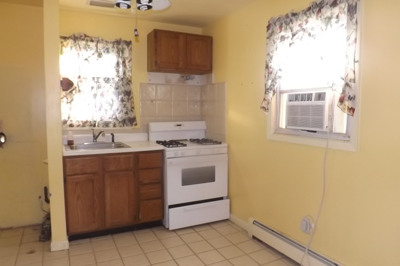 Additional photo for property listing at 9 Claremont Ter  Wayne, New Jersey 07470 United States