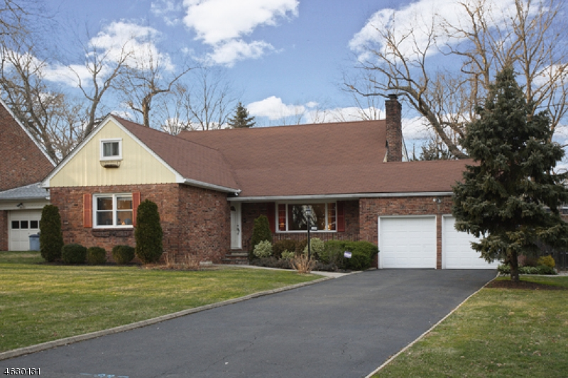 Additional photo for property listing at 1280 Poplar Avenue  Mountainside, New Jersey 07092 United States