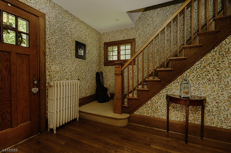 Additional photo for property listing at 16 Bernards Avenue  Bernardsville, Нью-Джерси 07924 Соединенные Штаты