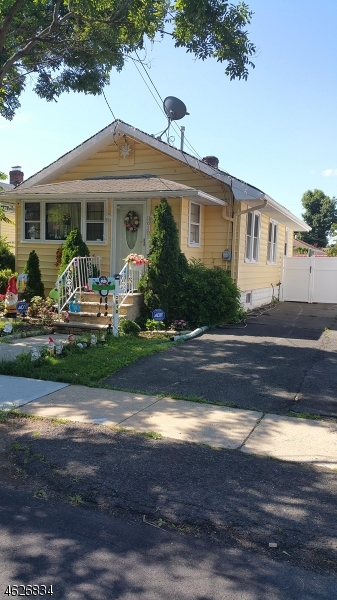 Additional photo for property listing at 2610 TREMLEY Road  Linden, New Jersey 07036 États-Unis