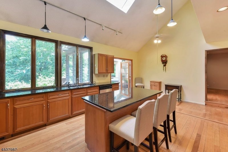 Additional photo for property listing at 25 Timber Lane  Randolph, New Jersey 07869 États-Unis