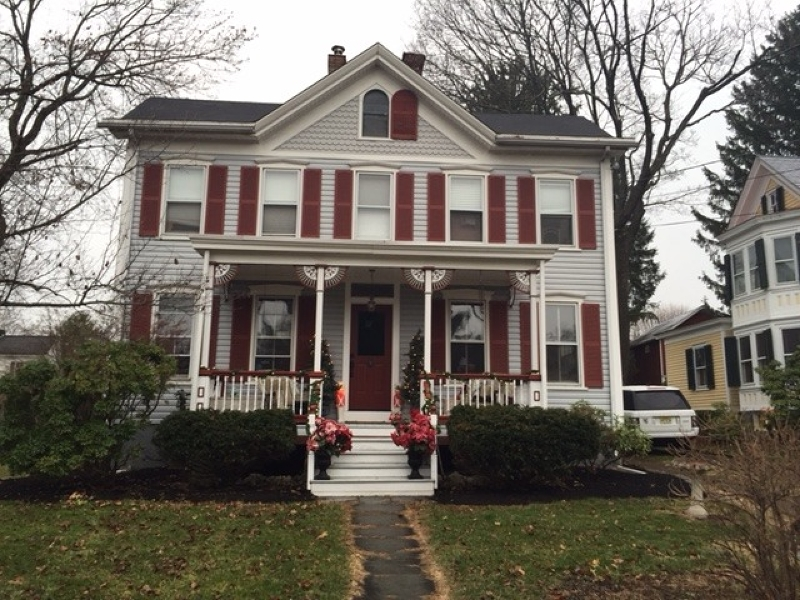 独户住宅 为 销售 在 15 High Street 莱巴嫩, 新泽西州 08833 美国