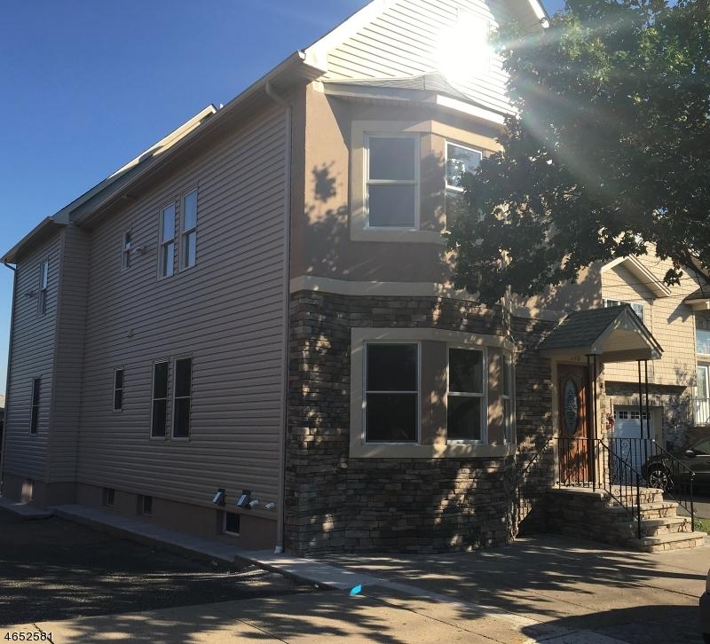 Maison unifamiliale pour l à louer à 280 Harrison Avenue Lodi, New Jersey 07644 États-Unis