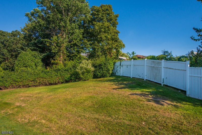 Additional photo for property listing at 72 Stewart Avenue  Little Falls, Nueva Jersey 07424 Estados Unidos