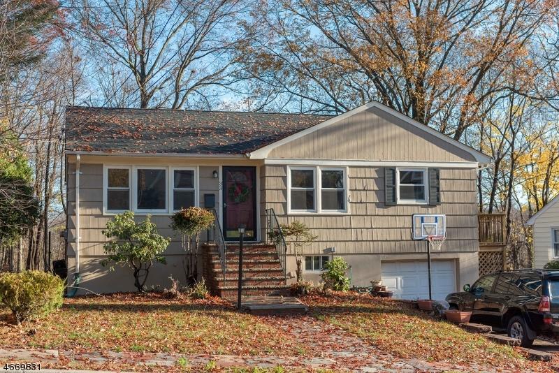 Частный односемейный дом для того Аренда на 33 W Parker Avenue Maplewood, Нью-Джерси 07040 Соединенные Штаты