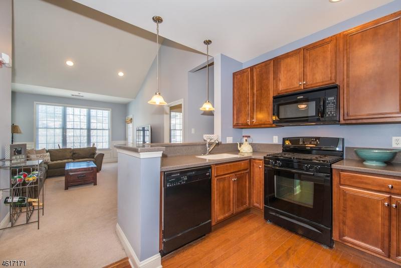 Частный односемейный дом для того Аренда на 8411 Sanctuary Blvd Riverdale, Нью-Джерси 07457 Соединенные Штаты