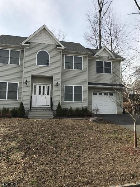 Maison unifamiliale pour l à louer à 53 Calumet Avenue Lake Hiawatha, New Jersey 07034 États-Unis