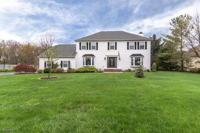 Single Family Home for Sale at 79 Forest Way Morris Plains, 07950 United States