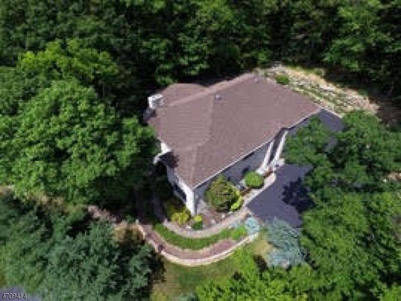 Maison unifamiliale pour l Vente à 803 E Walnut Street Pen Argyl, Pennsylvanie 18072 États-Unis