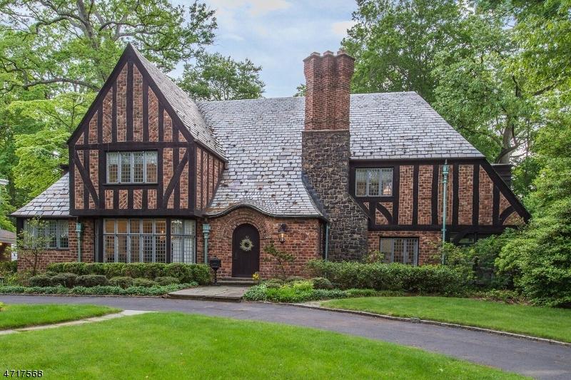 独户住宅 为 销售 在 140 FOREST Avenue 格伦岭, 新泽西州 07028 美国