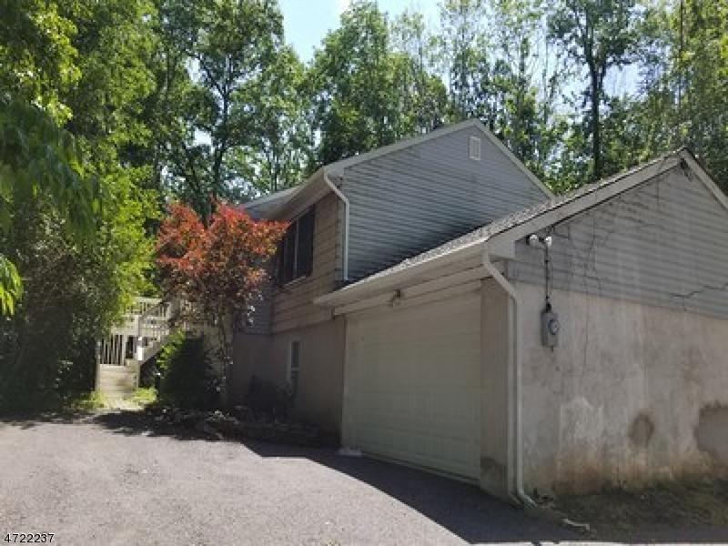 独户住宅 为 销售 在 8 Glenn Avenue Glen Gardner, 08826 美国