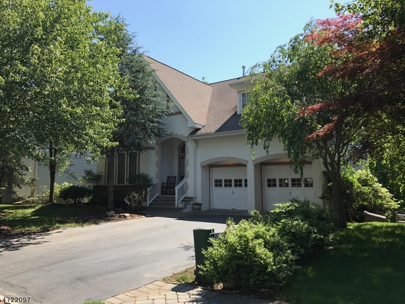 Single Family Home for Sale at 12 Dell Road Oakland, New Jersey 07850 United States