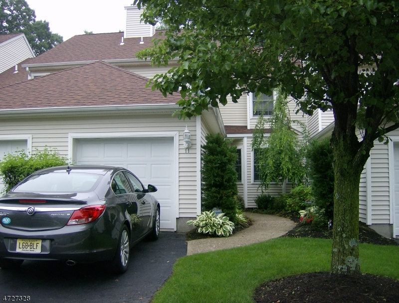Single Family Home for Rent at 11 Linda Court Lincoln Park, New Jersey 07035 United States