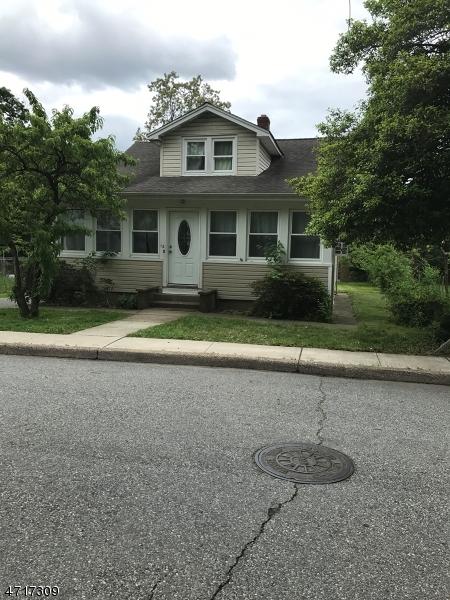 Частный односемейный дом для того Аренда на 12 McClelland Avenue Wayne, Нью-Джерси 07470 Соединенные Штаты