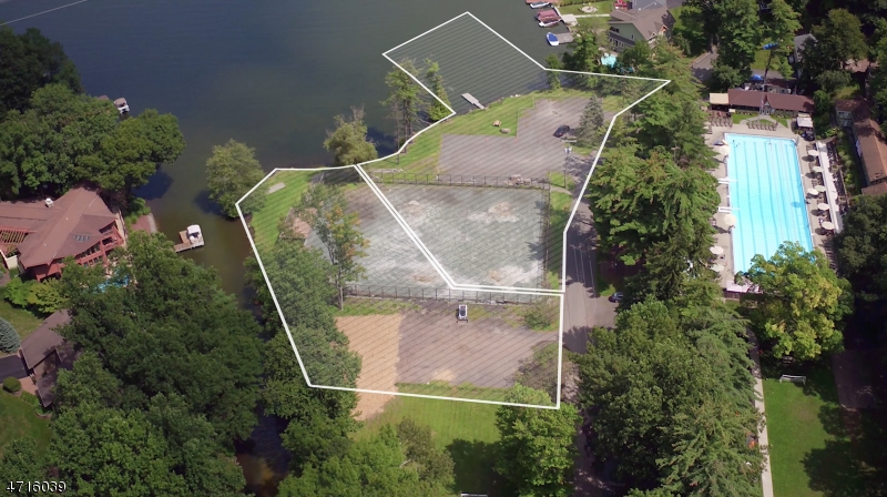Additional photo for property listing at MARINE TER  Byram Township, New Jersey 07871 États-Unis