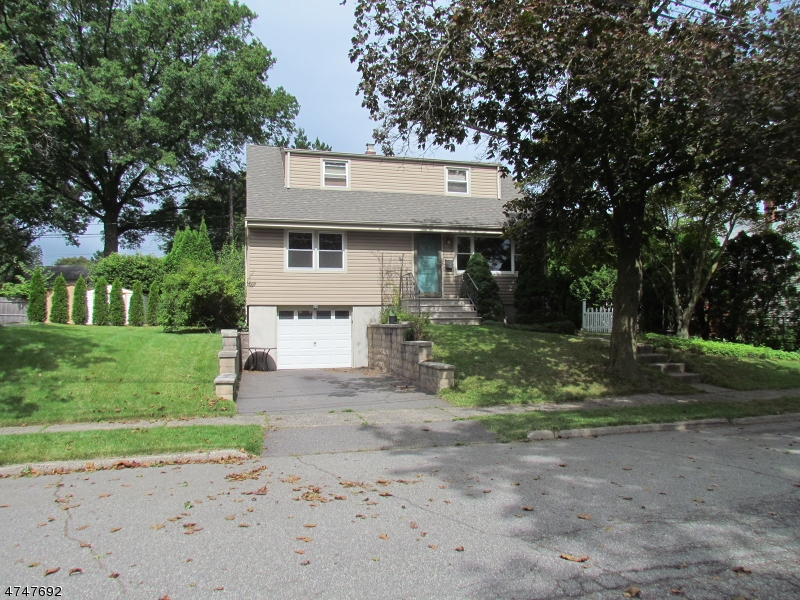 Single Family Home for Rent at 33 Red Maple Avenue Bloomfield, New Jersey 07003 United States