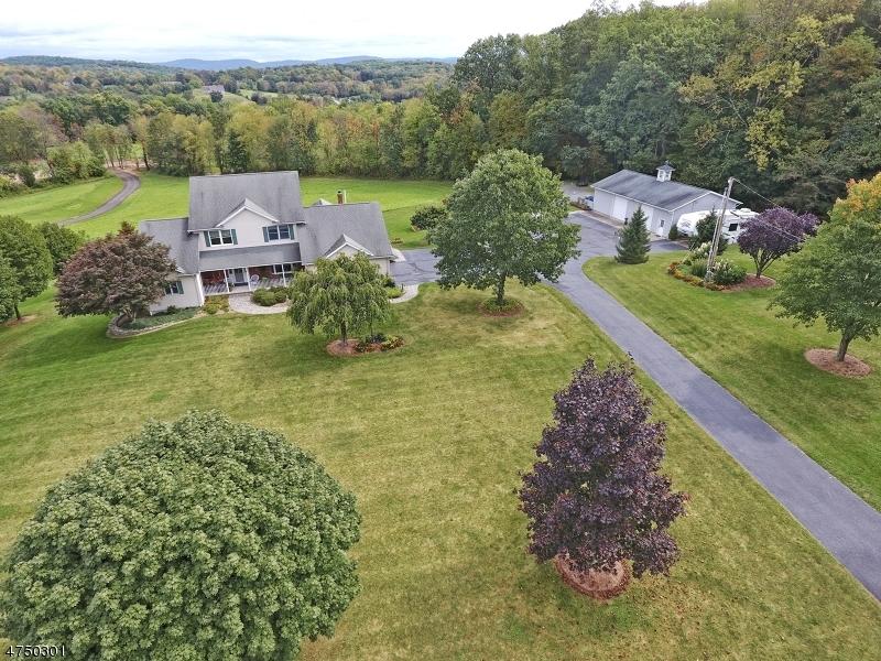 Maison unifamiliale pour l Vente à 36 LOWE Road Wantage, New Jersey 07461 États-Unis