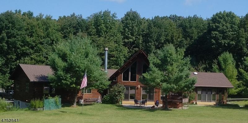 独户住宅 为 销售 在 144 Wesley Drive 西米尔福德, 新泽西州 07480 美国