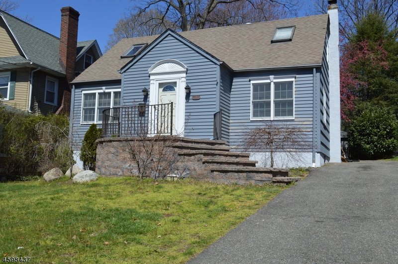 Single Family Home for Rent at 15 Lenox Avenue Ridgewood, New Jersey 07450 United States
