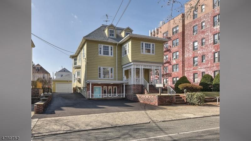 Tek Ailelik Ev için Satış at 44 W 36TH Street Bayonne, New Jersey 07002 Amerika Birleşik Devletleri