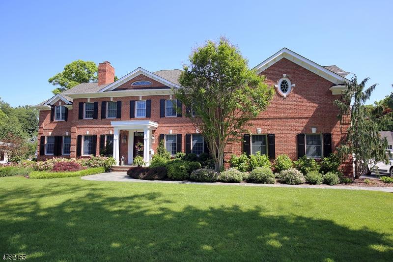 Частный односемейный дом для того Продажа на 60 Garfield Avenue Madison, Нью-Джерси 07940 Соединенные Штаты