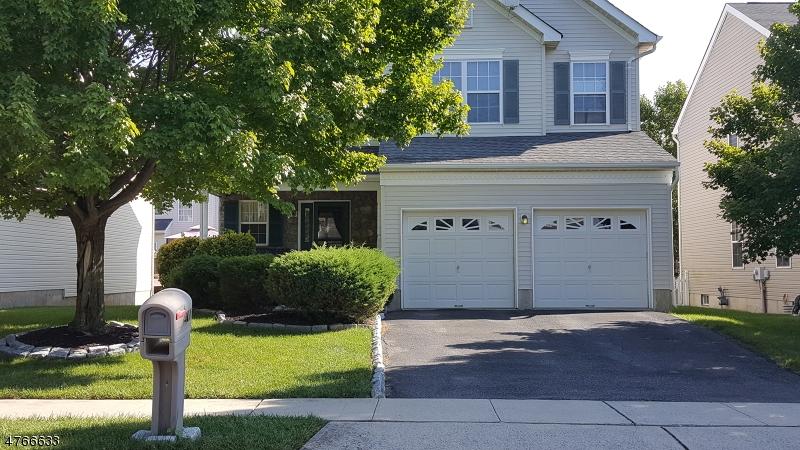 独户住宅 为 销售 在 381 Hamilton Drive Greenwich, 新泽西州 08886 美国