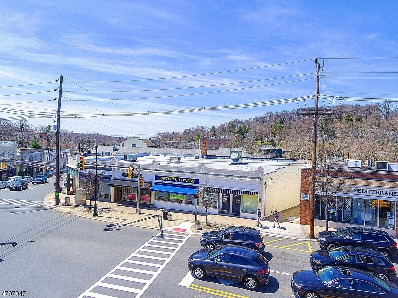 Commercial for Sale at 5 Olcott Sq Bernardsville, New Jersey 07924 United States