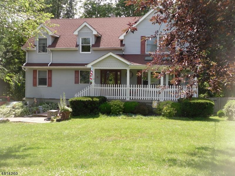 Частный односемейный дом для того Продажа на 14 LAKE Avenue High Bridge, Нью-Джерси 08829 Соединенные Штаты