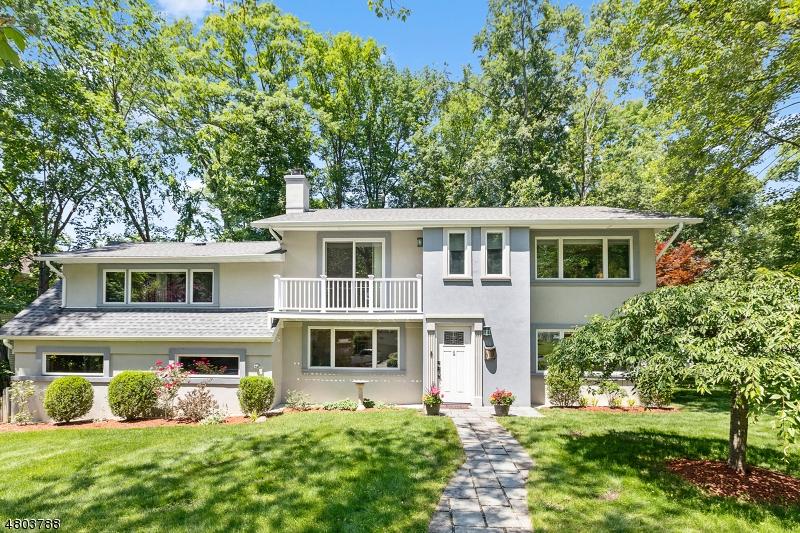 Tek Ailelik Ev için Kiralama at 4 Russell Terrace-2nd Wayne, New Jersey 07470 Amerika Birleşik Devletleri