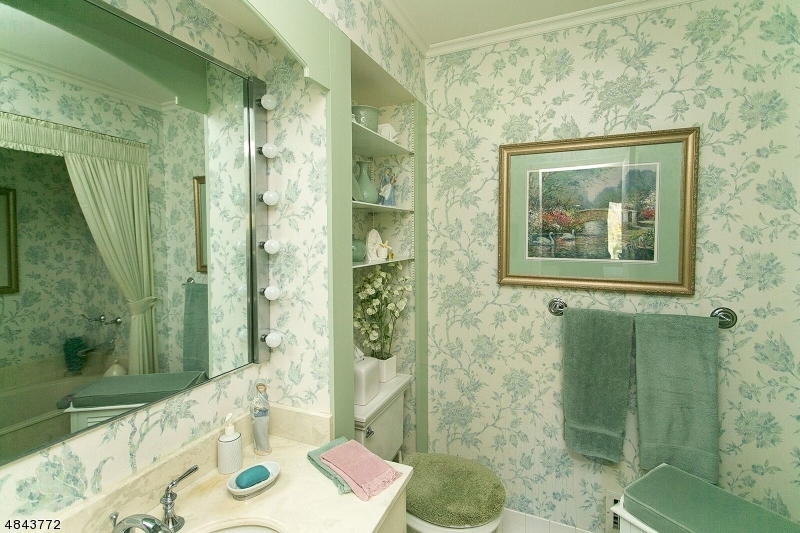 Additional photo for property listing at 21 CARDINAL Road  Allamuchy, New Jersey 07840 Verenigde Staten