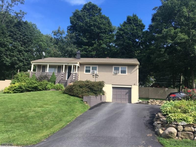 Villa per Vendita alle ore 17 BALDWIN Drive Vernon, New Jersey 07462 Stati Uniti