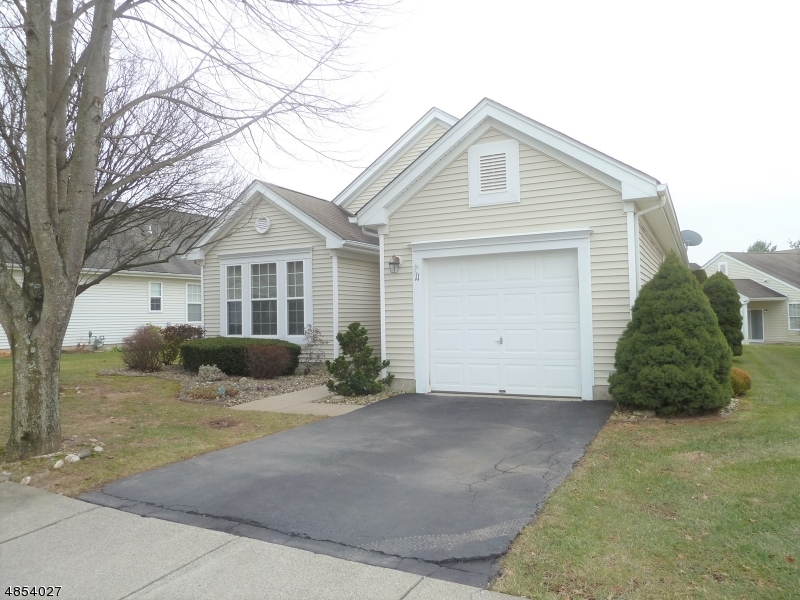 Single Family Home for Sale at 11 BUCKINGHAM CIR 11 BUCKINGHAM CIR White Township, New Jersey 07823 United States
