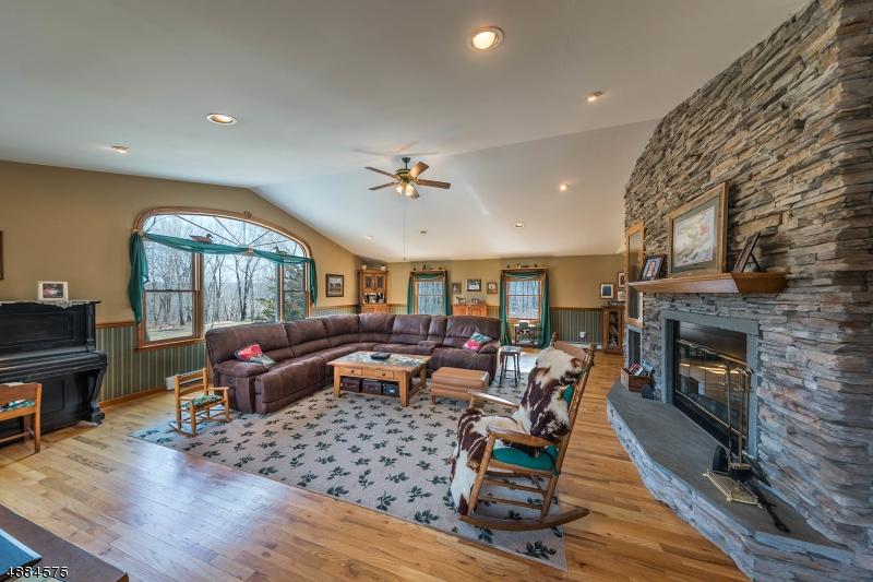 Single Family Homes pour l Vente à Sandyston, New Jersey 07851 États-Unis