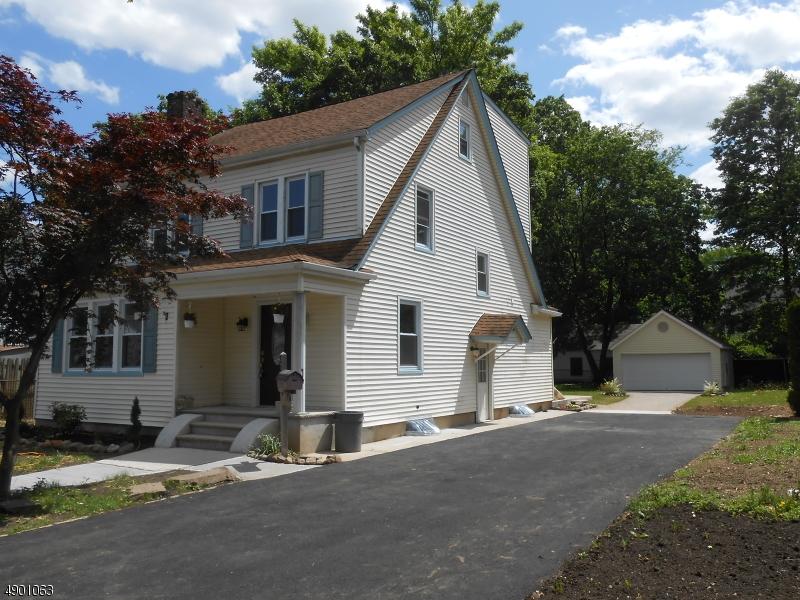 single family homes pour l Vente à Rahway, New Jersey 07065 États-Unis
