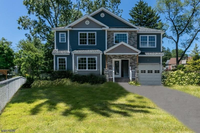 Single Family Homes للـ Sale في Cranford, New Jersey 07016 United States