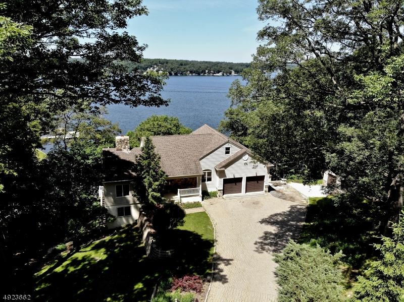 Single Family Homes für Verkauf beim Jefferson Township, New Jersey 07849 Vereinigte Staaten