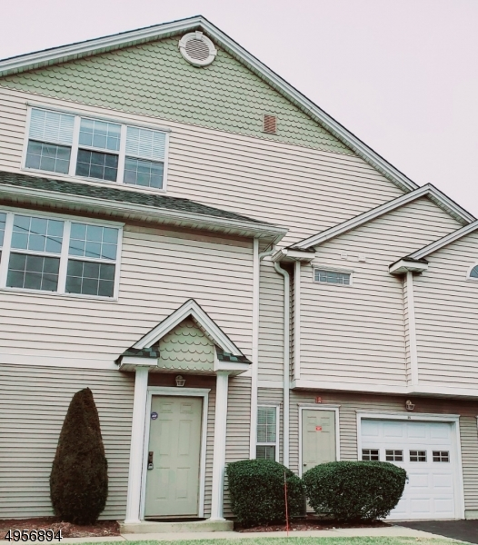 Condo / Townhouse for Rent at Clifton, New Jersey 07012 United States