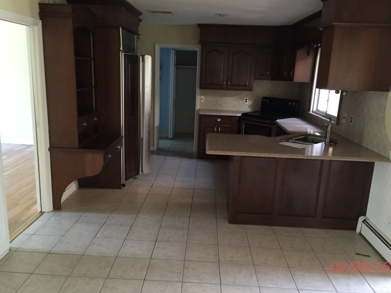 Additional photo for property listing at 42 Brookvale Road  Butler, New Jersey 07405 United States