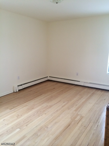 Additional photo for property listing at 163 Main Street  Millburn, Nueva Jersey 07041 Estados Unidos
