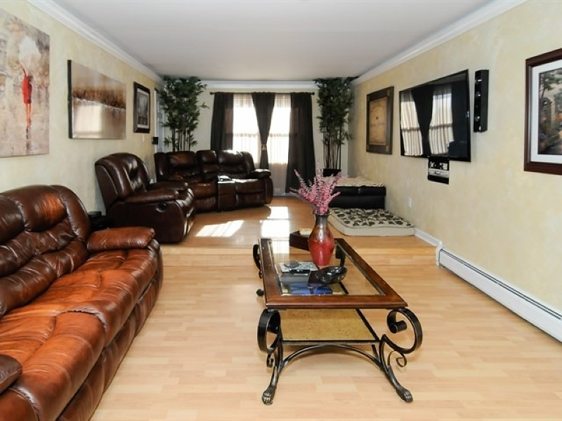 Additional photo for property listing at 3 Southhall Court  Wayne, New Jersey 07470 États-Unis