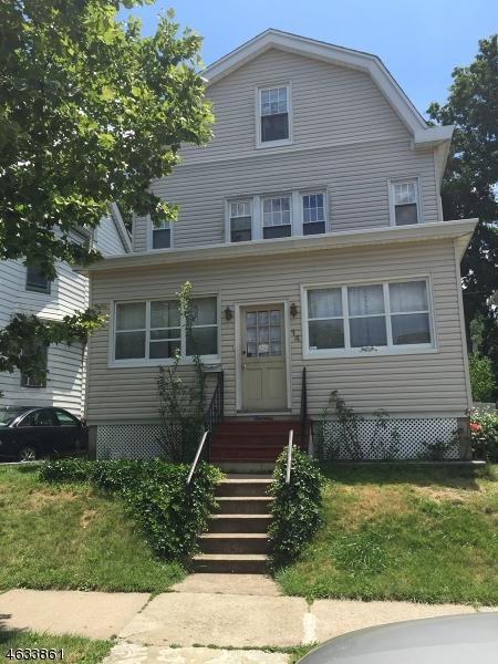 Maison unifamiliale pour l Vente à 14 Wagaraw Blvd Haledon, New Jersey 07508 États-Unis