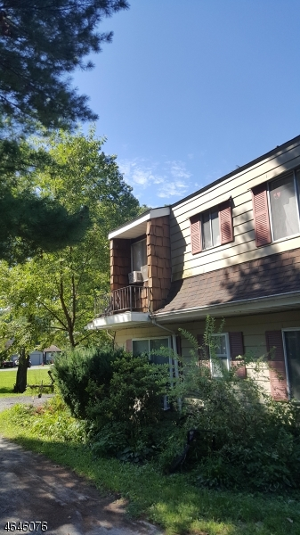 独户住宅 为 销售 在 378-C Lake Shore South Montague, 新泽西州 07827 美国