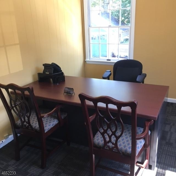 Additional photo for property listing at 410 Franklin Avenue  Nutley, Nueva Jersey 07110 Estados Unidos