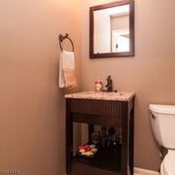 Additional photo for property listing at 30 Schindler Court  Chatham, Нью-Джерси 07928 Соединенные Штаты